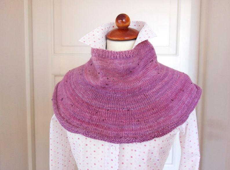 Knitting Pattern  Rosee Collar image 0