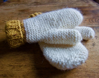 Easy Two Needles Mittens - Knitting Pattern