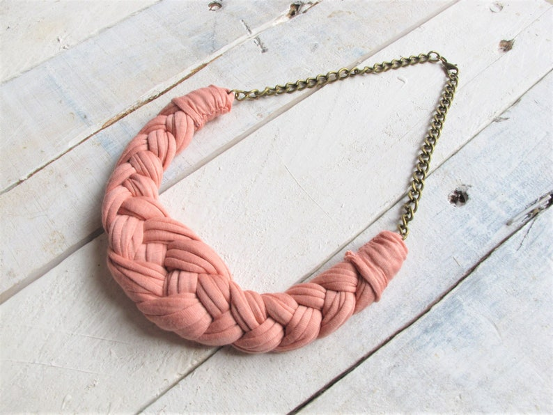 crochet necklace knitted necklace knotted necklace quartz pink necklace Pastel pink necklace cotton necklace tshirt yarn necklace.