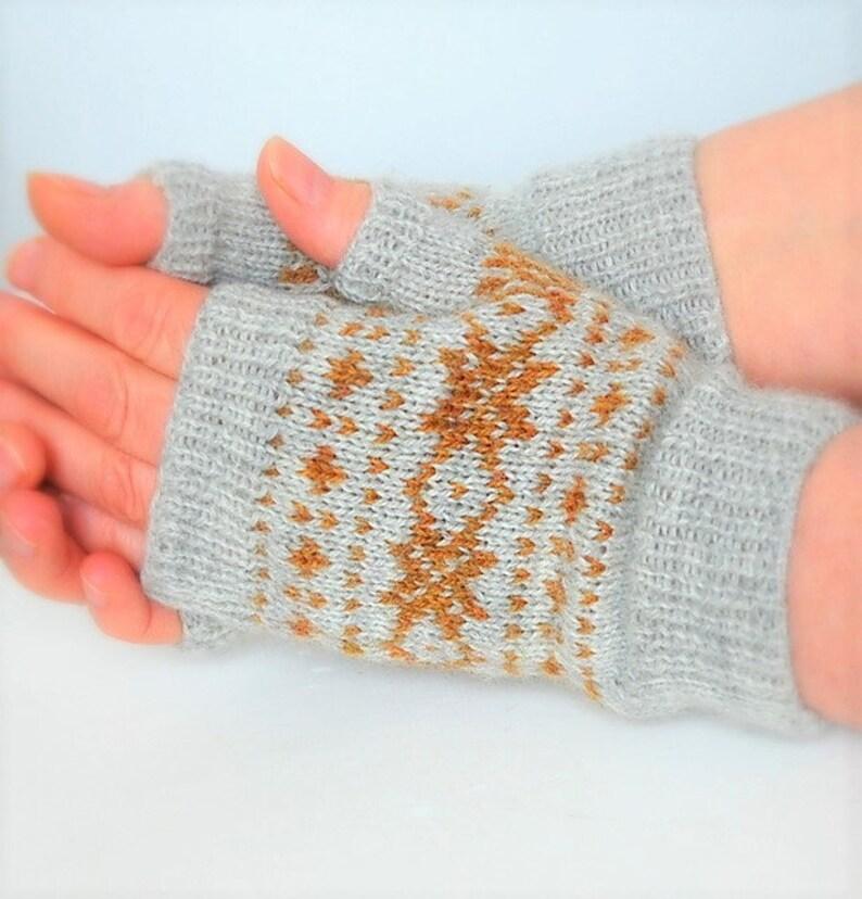 Sea Holly Fingerless Mitts Knitting Pattern pdf image 0