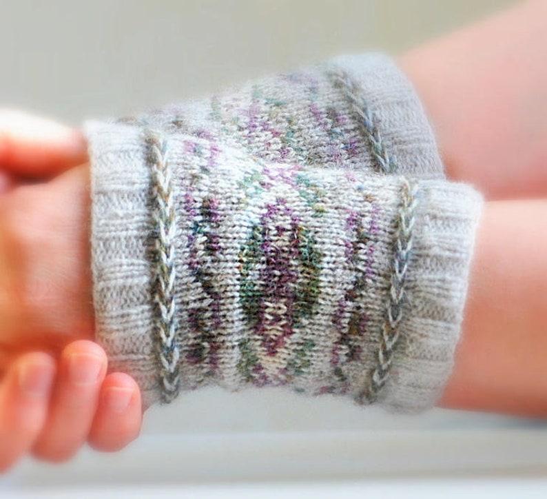 Aspen Cuffs Knitting Pattern image 0