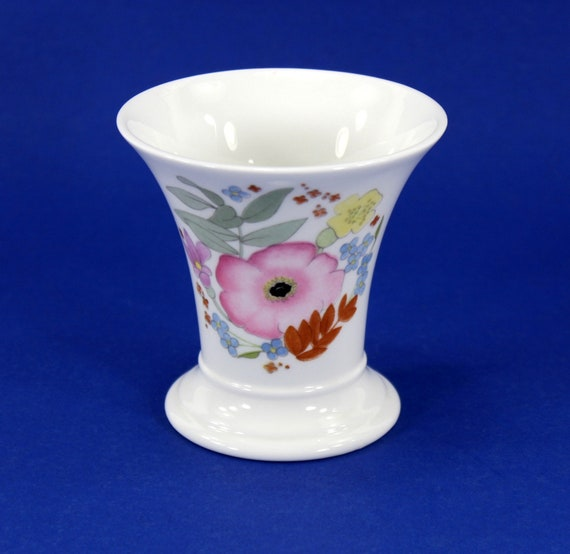 Wedgwood Posey Pot Vase Meadow Sweet Bone China Made In Etsy