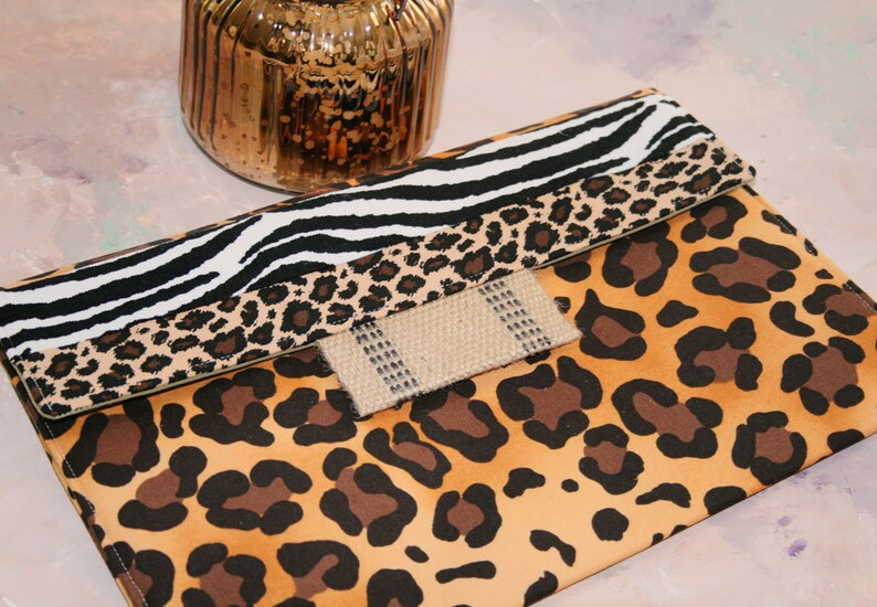 Kindle Cover Padded, Kindle Case, Nook Cover , Ereader Case, Ereader Case,  Custom Sleeve in All Animal