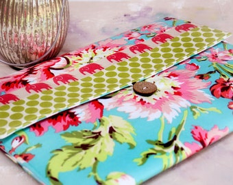Kindle Case, kindle touch case, kindle sleeve, nook Cover  kindle Case Nook Color, Kobo, Sony - Cozy  in Tropical Elephant Walk