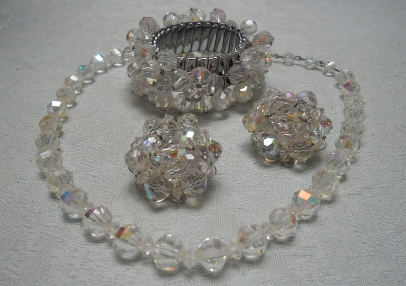 VINTAGE Arora Borealis Set from the 1950/'s Very good condition 3 piece set 50/% OFF