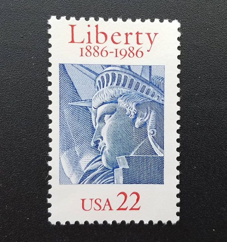 Ten (10) unused US postage stamps - Statue of Liberty // 22 cent stamps //  face value 2 20