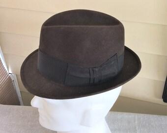 7f660021c63 1960s Vintage Gray Dobbs Fedora Hat Size 7