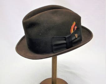 855a277022a850 1960s Vintage Brown Felt Fedora Hat by Champ Size 6 7/8