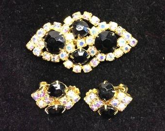50s 60s Vintage Brooch and Earrings Demi Parure Black and Aurora Borealis Rhinestones