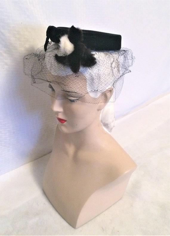 c2e1ed01871 1960s Vintage Mini Pillbox Hat Black Velvet with Mink and Veil