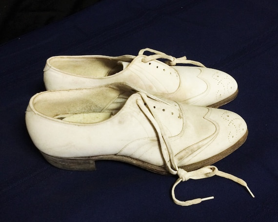 30s 40s Vintage Men's White Leather Brogues or Ox… - image 3