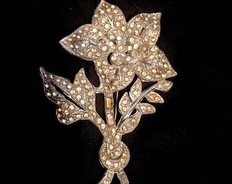 Vintage 1930s 1940s Flower Brooch Pin / Large 30s 40s Brooch / Pot Metal with Paste Rhinestones