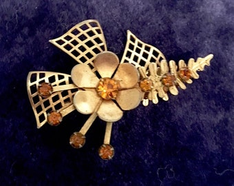 Vintage 1940s Retro Brooch Pin 40s Geometric Floral Brooch Pin with Gold  Rhinestones Gold Tone Windmill Effect with Flowers