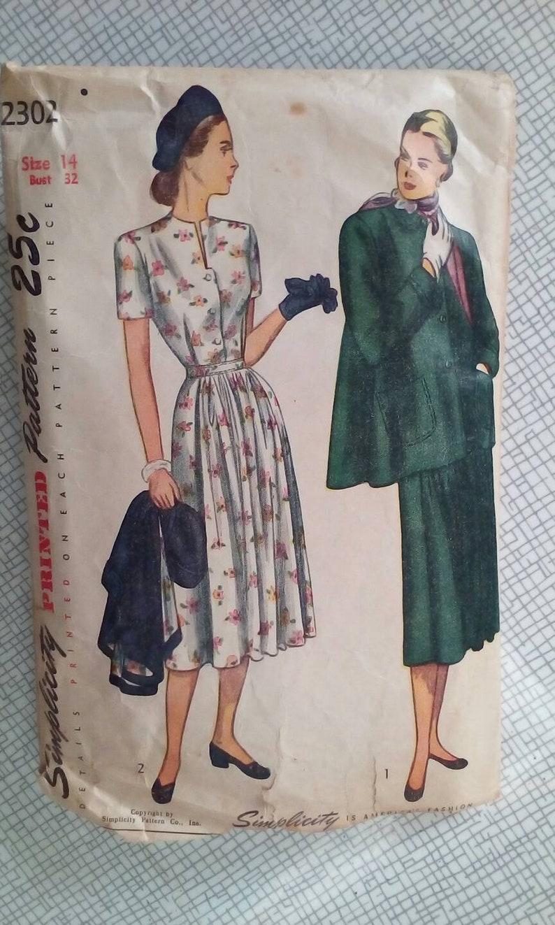 5a366f68b98a4 1940s Maternity Dress & Jacket 32 Bust Simplicity | Etsy