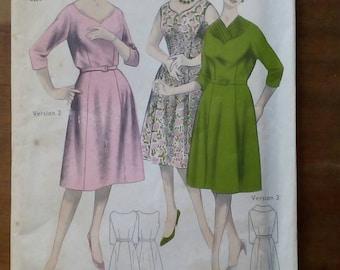 "1960s Three-Way Dress - 42"" Bust - Maudella 5106 - Vintage Retro Sewing Pattern"