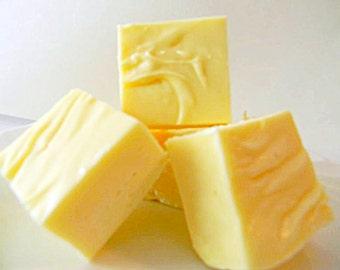 Julie's Fudge - BUTTERED POPCORN - Half Pound