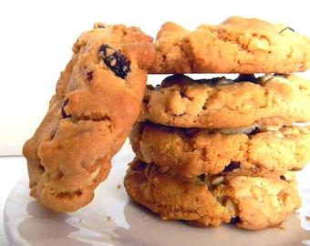 White Chocolate, Macadamia Nut, Cranberry Cookies - HALF DOZEN (6 cookies)