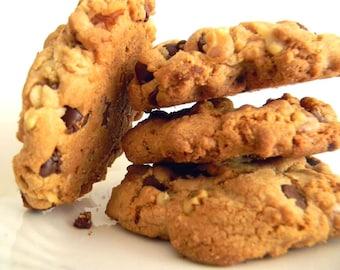Semi-Sweet Chocolate & Walnut Cookies - HALF DOZEN (6 cookies)