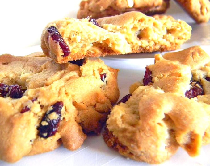 White Chocolate, Macadamia Nut, Cranberry Cookies - ONE DOZEN (12 cookies)