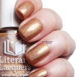 Amortentia - Champagne Rose Gold Linear Holographic Nail Polish