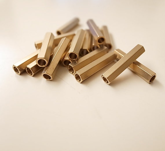 industrial brass Charms,Pendant,Findings spacer bead 3906 bab1 Faceted Spacer Raw Brass Cube 2.7mm hole 1,6mm