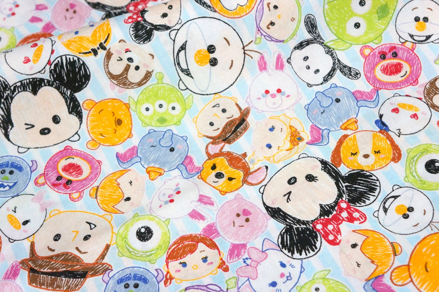 It is a picture of Persnickety Disney Tsum Tsum Pictures