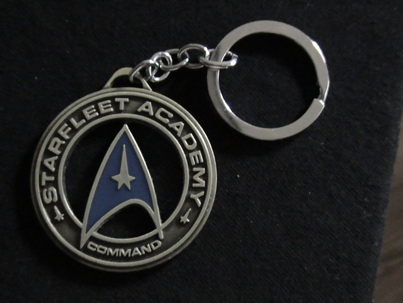 Retro Space 1999 Medallion Keyring