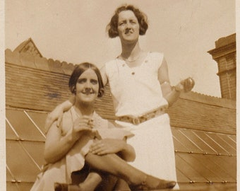 Original Vintage Photograph Snapshot Women Friends on Roof 1920s