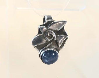 Blue kyanite bird pendant, symbolic bird jewelry, kyanite pendant