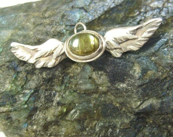 Labradorite Wings pendant, angel wings, angel wing pendant, sterling silver gemstone jewelry with spectolite wings, bird & aviation wings