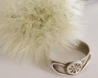 Pinwheel Dandelion Toe Ring in sterling silver adjustable band toe ring