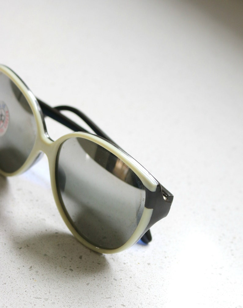 NOS, 1990s Cocoa & Cream Mirrored Sunglasses