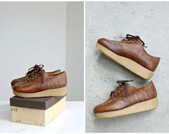 Deadstock, 1970s Brown Leather Oxfords // Little Kids Size 10-1/2 to 11