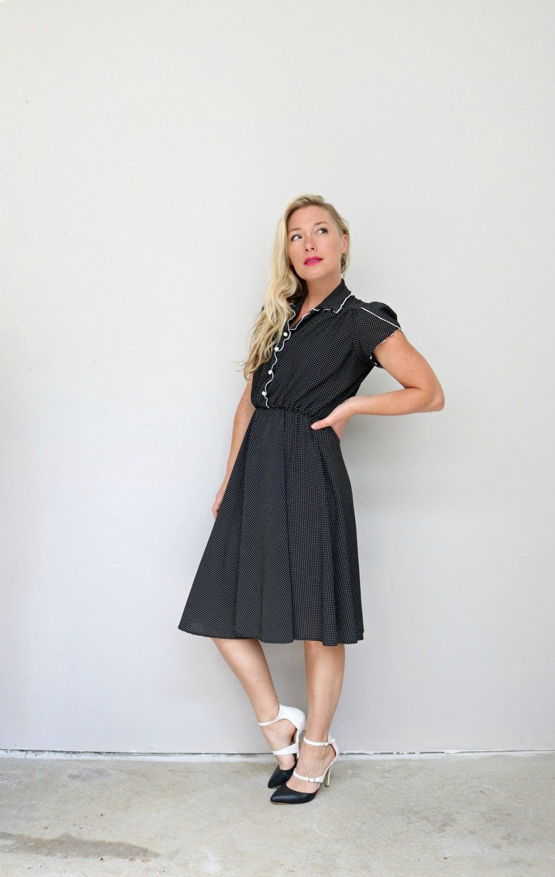 1970/'s Dot and Flare Day Dress  Size Extra Small  Retro  A-line Skirt  Polka Dot