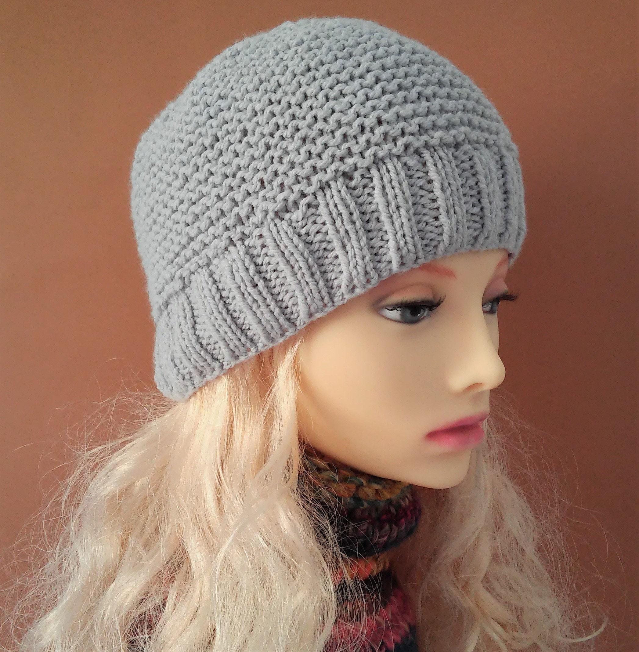 BEANIE KNITTING PATTERNS Womens Beanie Hat Knit Flat Easy ...