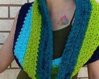 Macaroon Crochet Cowl
