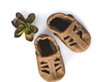 1ef3b34c3f3cb Fawn SEQUOIA Sandals Soft Soled Leather Shoes Baby and Toddler    Starry  Knight Design