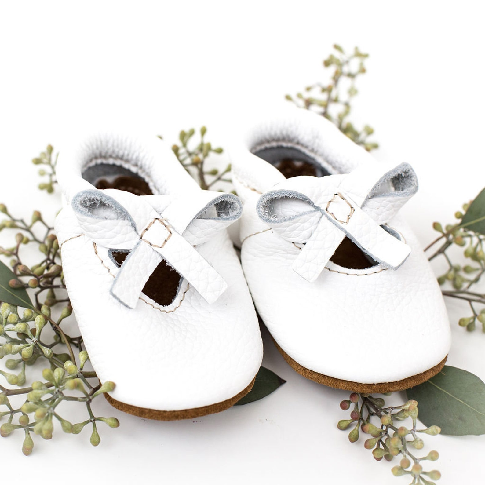 white ballet bow flats soft soled leather shoes baby and toddler //free shipping in usa// starry knight design