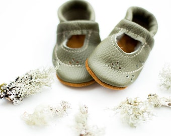 Moss Ivy Janes   Soft Soled Leather Shoes Baby and Toddler // Starry Knight Design