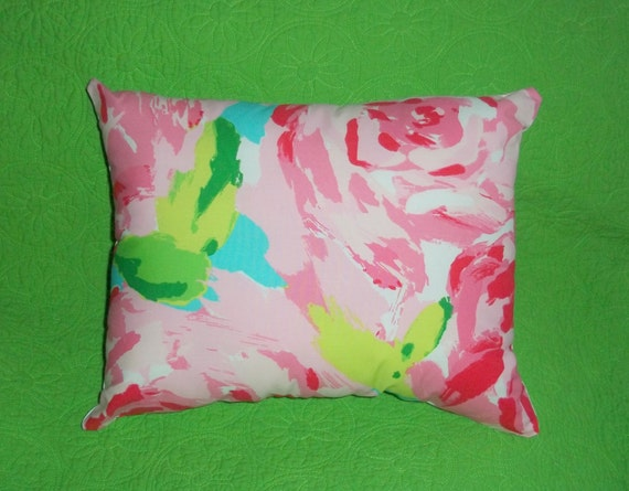 New Monogram Pillow Made With Lilly, Lilly Pulitzer First Impression Bedding