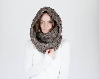 Chunky Crochet Infinity Scarf Cowl / THE OREGON / Barley