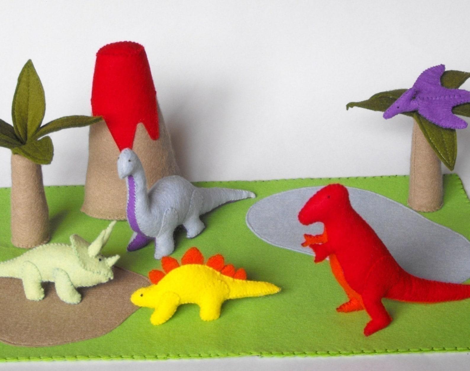 Днем, открытка с динозаврами своими руками