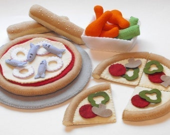 Felt Food PDF Pattern DIY - Pizzeria Fun (Pizza, Slices, Pan, Chicken Wings, Breadsticks and Pizza Toppings)