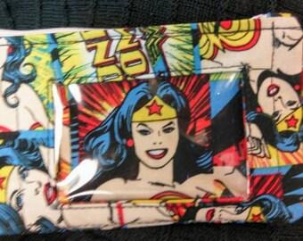 Wonder Woman Zipper Wallet with Window/ID Holder