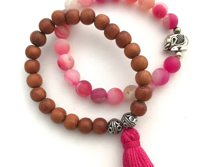 pink agate baby shower favor bracelet stack, tassel bracelet, hot pink bracelet, baby shower favor