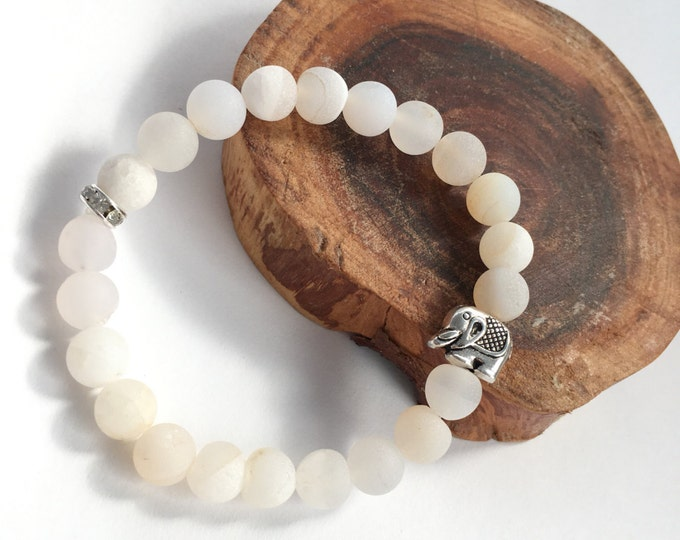 white druzy agate mala  bracelet with elephant charm baby shower favor, shower favor, elephant bracelet, white beaded bracelet, stretch