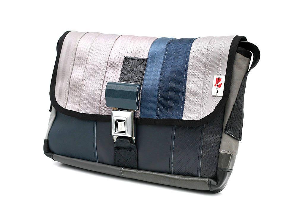sac de messager 905a recycl ceinture de s curit voiture etsy. Black Bedroom Furniture Sets. Home Design Ideas