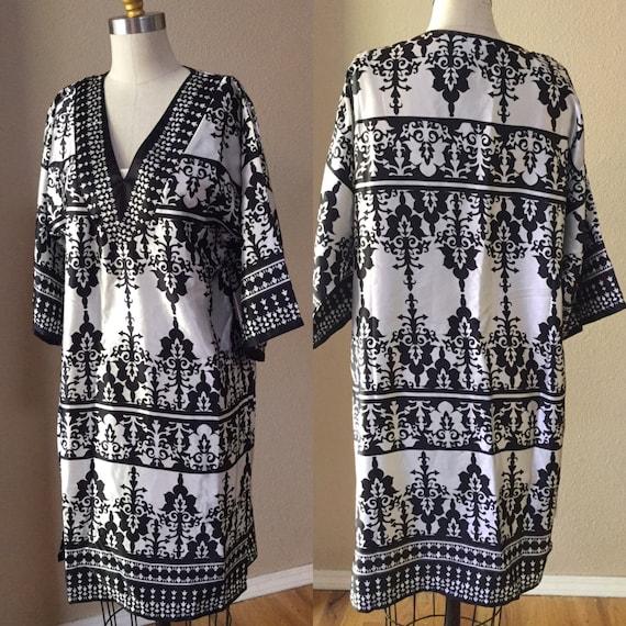 Vintage Kaftan, Boho Day Dress, Black and White Tu
