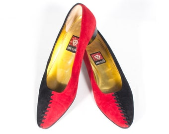 ae44d1e41 VTG 80s Two Tone Suede Heels size 6 Women s Anne Klein Red   Black Leather  Low Heel Unique Teardrop Heel Stitched Dress Shoes