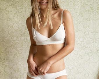 Organic cotton lingerie set- Bralette & Panty, bio lingerie, ethical lingerie, Honeymoon, bridal lingerie, soft bra and panty